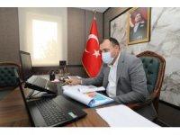 """Sakarya Valisi Çetin Oktay Kaldırım: """"Vakalarımız son günlerde 250'nin altına kadar düştü"""""""