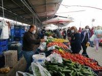 Kemer'de pazar yeri önlemleri alındı