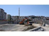 Kuşadası Belediyesi 28 Noktada Yenileme Çalışması Yürütüyor