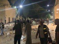 İsrail'den Mescid-i Aksa'da ses bombalı ve plastik mermili saldırı