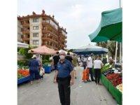 Kuşadası pazar yerlerinde sıkı denetim yapıldı