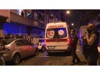 Esenler'de bir kişi evde boynundan asılı halde bulundu