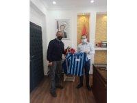 Adanalı Vali'den Ordulu esnafa Adana Demirspor forması