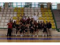 Turgutlu Belediye Kadın Basketbol takımı final grubunda