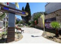 Anneler Günü gezisinde yaşamını yitirenler İzmir'de anıldı