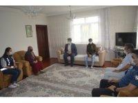 Tuzluca'da Anneler Günü'nde şehit aileleri ziyaret edildi