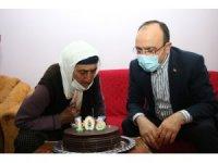 Şahine nine 103 yaşına girdi, ilk defa doğum günü kutladı, ilk defa vali gördü