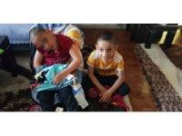 Yardımseverlerden çocuklara bayramlık yardımı