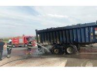 Siirt'te sürücünün dikkati kamyonu yanmaktan kurtardı