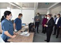 Vali Işık, sağlık çalışanlarının bayramını kutladı