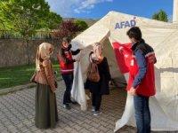 Bingöl'de köyüne dönen aileye destek
