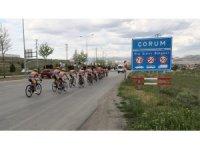 19 Mayıs'ta Samsun'da olacak 19 bisikletçi Çorum'a ulaştı
