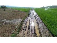 Altıntaş çiftçisine bilinçli sulama uyarısı