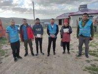 Uluslararası kurulan gönül köprüsüyle çocukların yüzü güldü