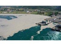 Yalova'da 169 metreküp müsilaj denizlerden temizlendi