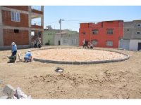 Ergani Belediyesi park ve çocuk oyun alanı yapımına devam ediyor