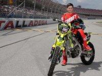 ABD'li motosikletçi Alex Harvill, dünya rekoru kırmak isterken hayatını kaybetti