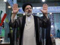 Rakipleri birer birer tebrik etti: İran'da zafer İbrahim Reisi'nin