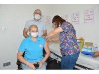 Antalya'da toplam aşı sayısı 1 milyon 400 bin 526'ya ulaştı