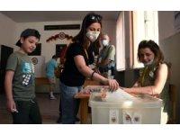 Ermenistan'da halk erken seçim için sandık başında