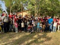Göçmen çocuklar kendileri için düzenlenen etkinlikte doyasıya eğlendi
