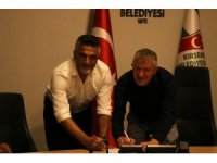 Kırşehir Belediyespor Hakkı Hocaoğlu ile anlaştı
