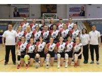 Turgutlu Belediyesi voleybol kursuyla profesyonel sporcular yetiştiriyor