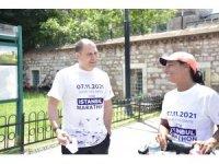Dünyayı koşarak turlayan Leautey, İstanbul'dan geçti