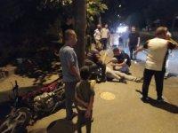 İşçi servisi ile motosiklet çarpıştı: 1 yaralı