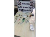 Uyuşturucu tacirlerine polis darbesi