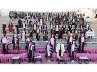 ERÜ Halil Bayraktar Sağlık Hizmetleri Meslek Yüksekokulu yeni mezunlarını verdi