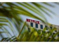 Netflix'ten ABD'deki yapımlarında yer alan ekiplere aşı zorunluluğu