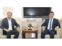 Başkan Karabacak'tan esnaflara yapılandırma kanunu hatırlatması