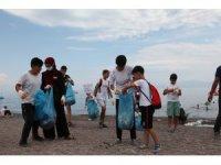 Van Gölü sahillerinde temizlik çalışması