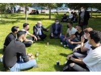 Rektör Karamustafa, Öğrencilerle Bir Araya Geldi