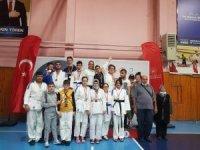 Manisalı görme engelli judocular Türkiye şampiyonu