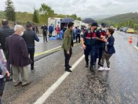 Bartın'da otomobille çarpışan yolcu otobüsü devrildi: 3 ölü, 1 yaralı
