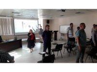 İletişimcilere çağrı merkezi uzmanlığı eğitimi