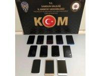 Samsun'da bir evde 12 kaçak telefon ele geçti