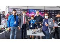 Rektör Uysal'dan Teknofest'teki Kütahya takımlarına ziyaret