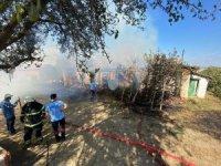 Tekirdağ'da yangında dumandan etkilenen 3 kişi hastanelik oldu