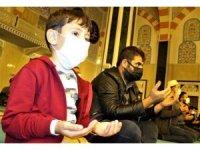Bilecik'te Mevlit Kandili dolayısıyla camiler dolup taştı