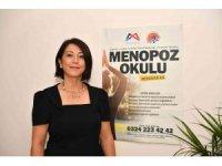 """Prof. Dr. Yılmaz: """"Menopoz bir hastalık değildir, normal bir süreçtir"""""""