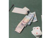 İş yerinde kumar oynayan 5 kişiye 6 bin 680 TL ceza kesildi