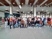 Havacılık okulu öğrencileri Koca Seyit Havalimanı'nı gezdi