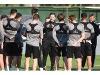 Manisa FK yeni hocasıyla hazırlıklarını sürdürdü