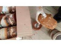 Kahve kutusuna gizlenen uyuşturucuyu 'Asil' buldu