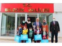 Kur'an kursu öğrencileri Vali Kızılkaya'yı ziyaret etti