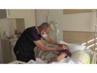 Down sendromlu hasta başarılı ameliyat ile göz sağlığına kavuştu