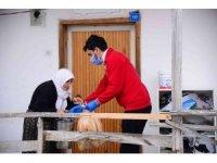 Kahramankazan'da yemekler soğumadan vatandaşa ikram ediliyor